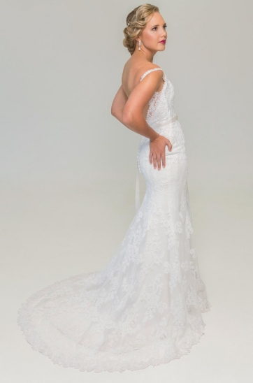 Sheath silhouette wedding dress, off-white lace, low back, chapel train that can hook up Cape Town Bridal shop, Bellville Stretch fabric for figure flattering fit